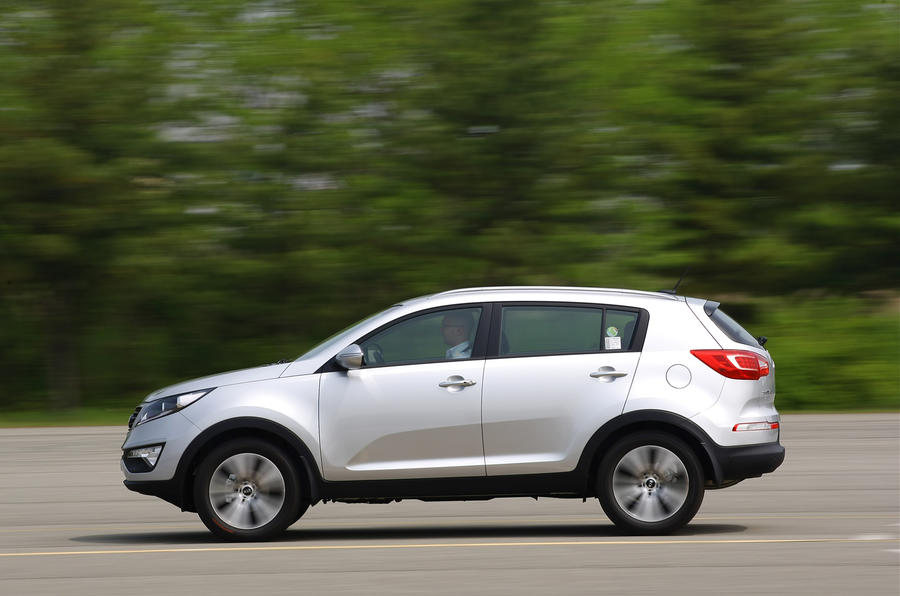 Kia Sportage side profile