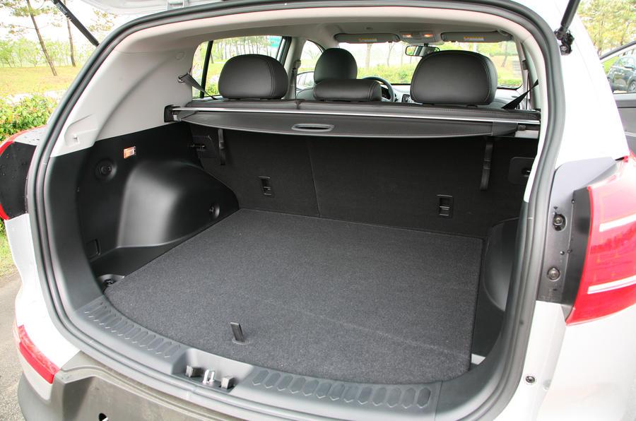 Kia Sportage boot space