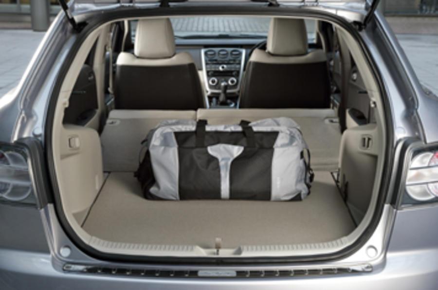 ... Mazda CX 7 ...