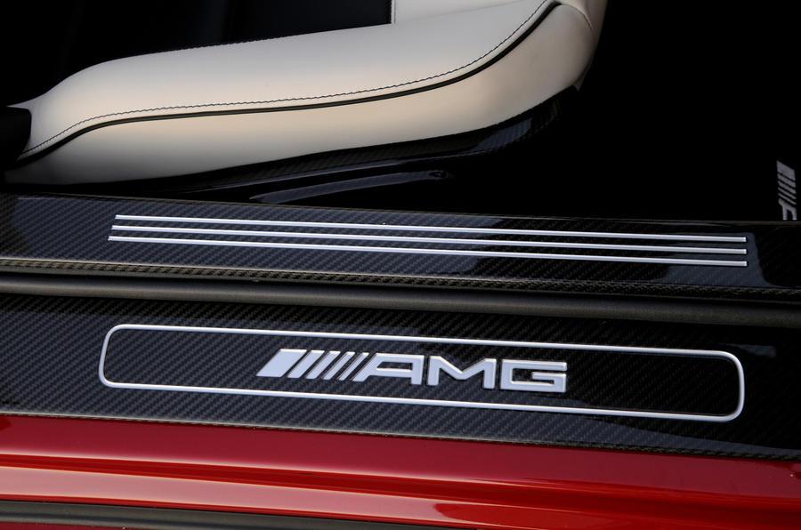 Mercedes-Benz SLS AMG Roadster kickplates