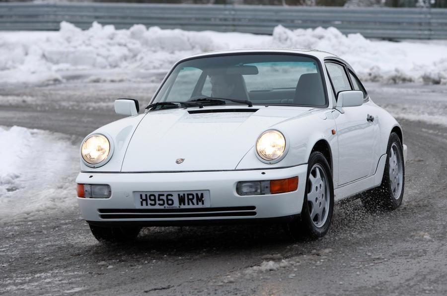 Porsche 911 964 Carrera 4