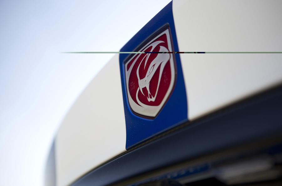 Dodge Viper badge