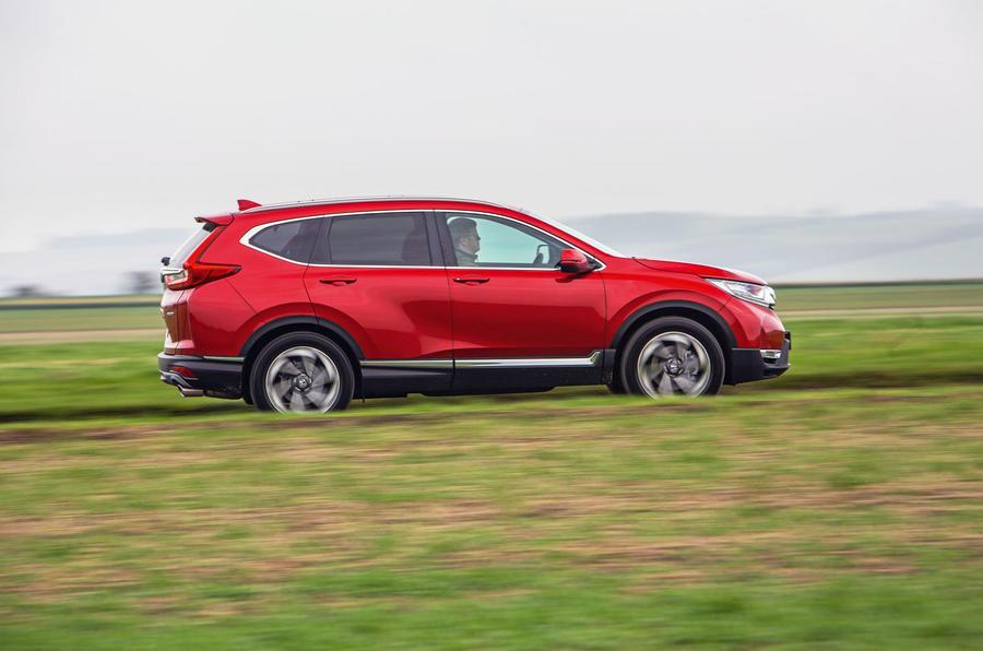 Honda CR-V 2018 road test review - hero side