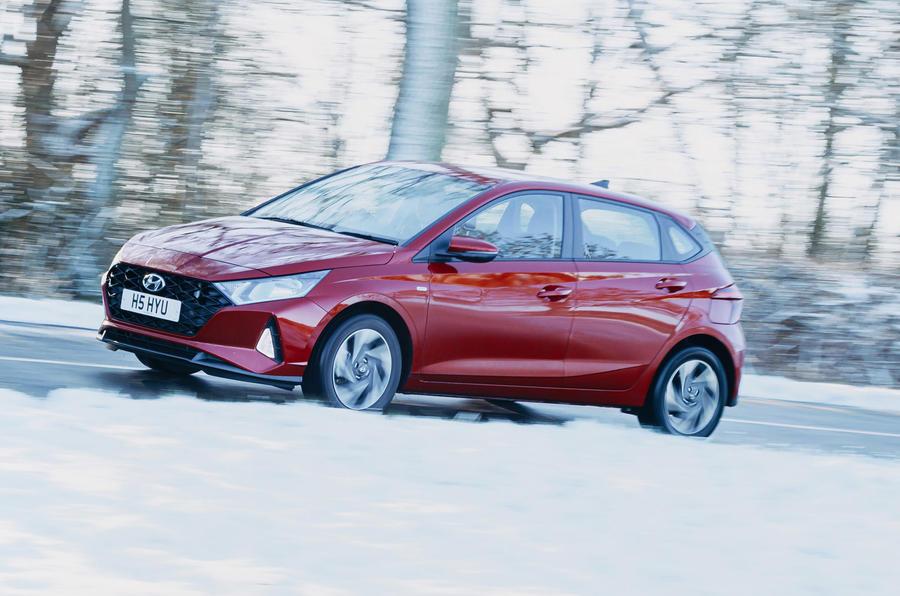 2 Hyundai i20 2021 : essai routier, côté héros