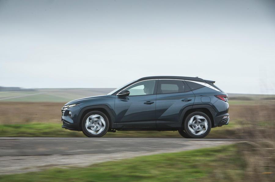 2 Hyundai Tucson 2021 : essai routier, revue de presse, côté héros