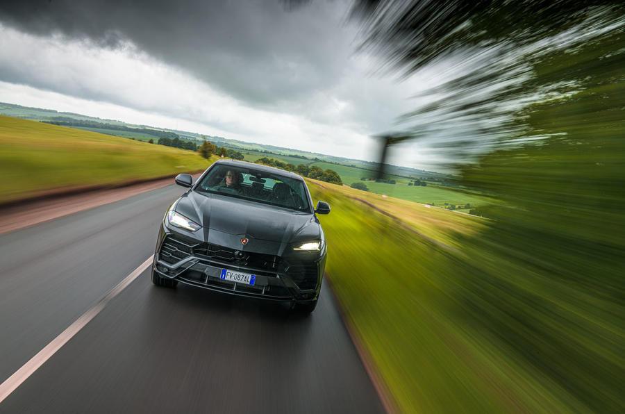 Lamborghini Urus 2019 road test review - hero nose