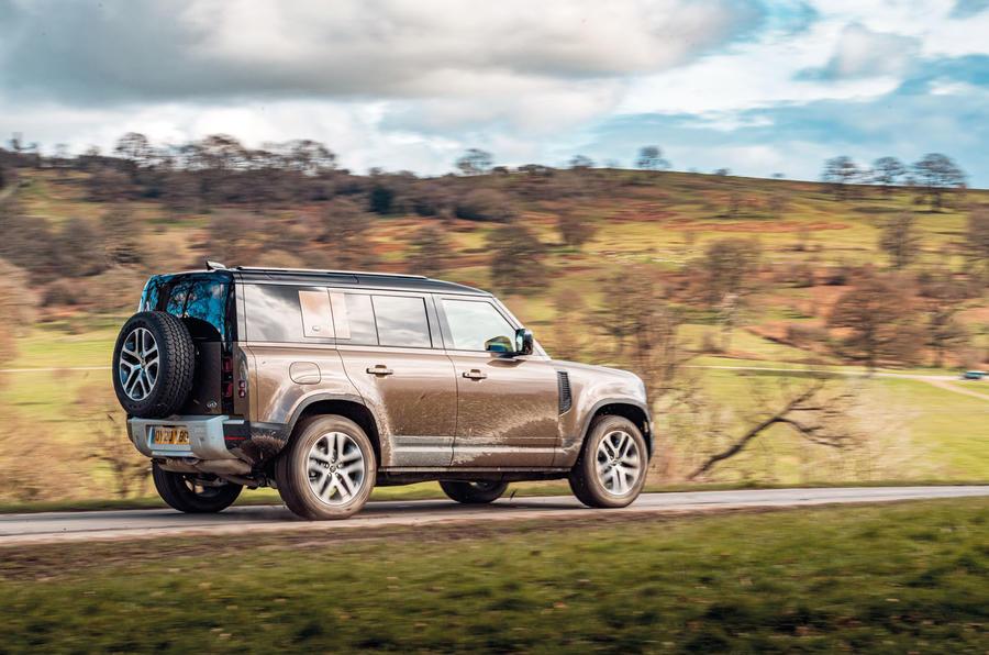 Essai routier du Land Rover Defender 2020 - côté héros