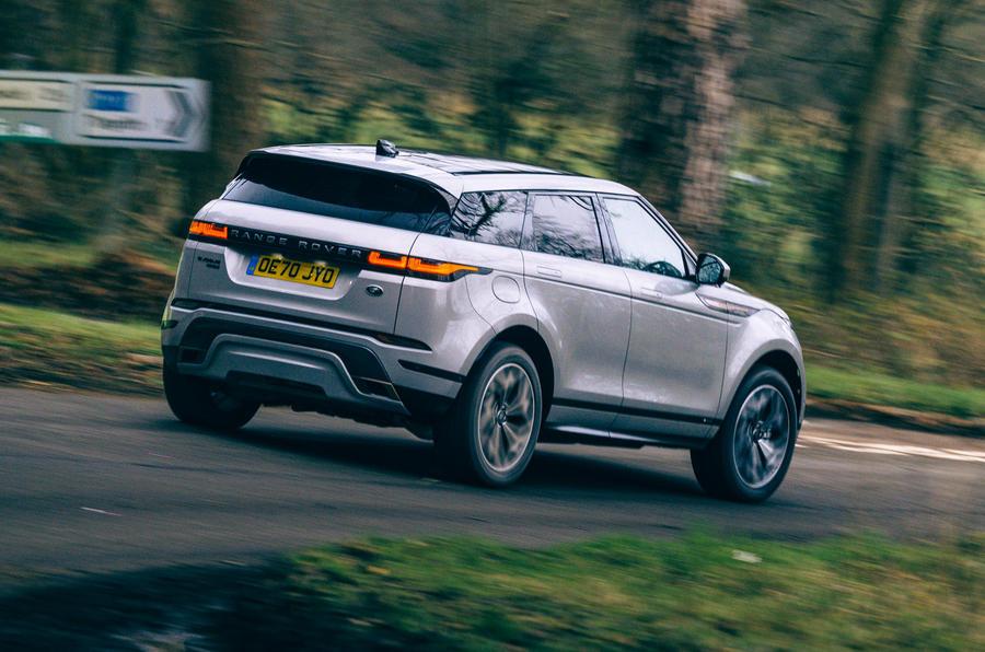 2 Land Rover Range Rover Evoque 2021 test routier revue héros arrière