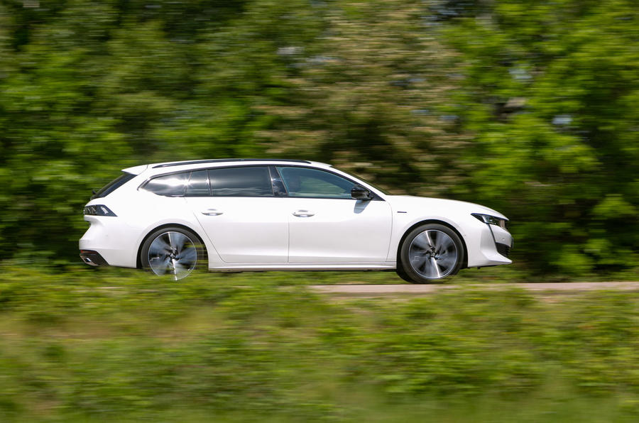 Peugeot 508 SW 2019 review - hero side