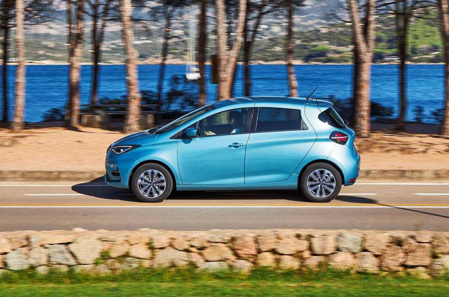 Renault Zoe 2020 road test review - hero side