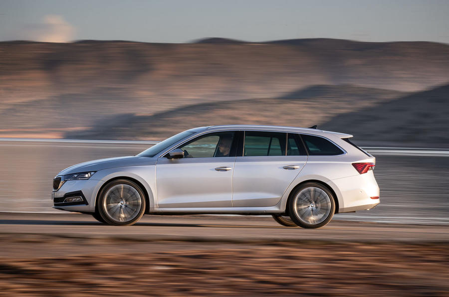 Skoda Octavia Estate 2020 road test review - hero side