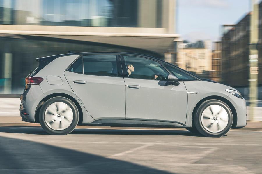 2 VW ID 3 2021, essai routier, côté héros