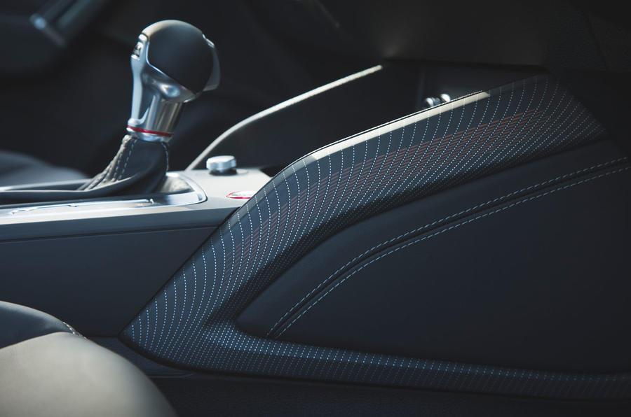 Audi SQ2 2019 road test review - interior trim