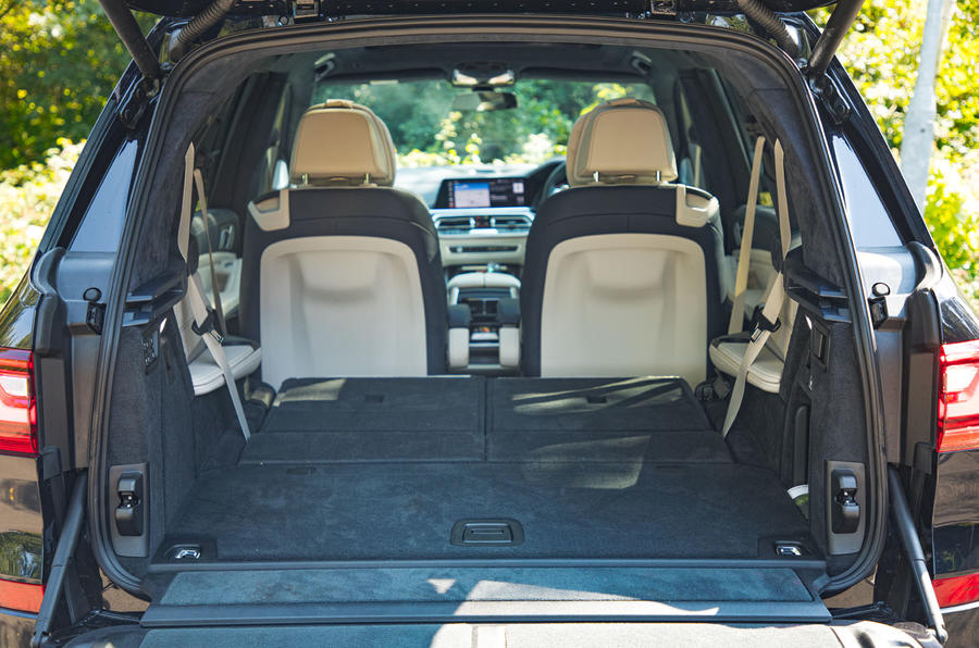 BMW X7 2020 road test review - boot