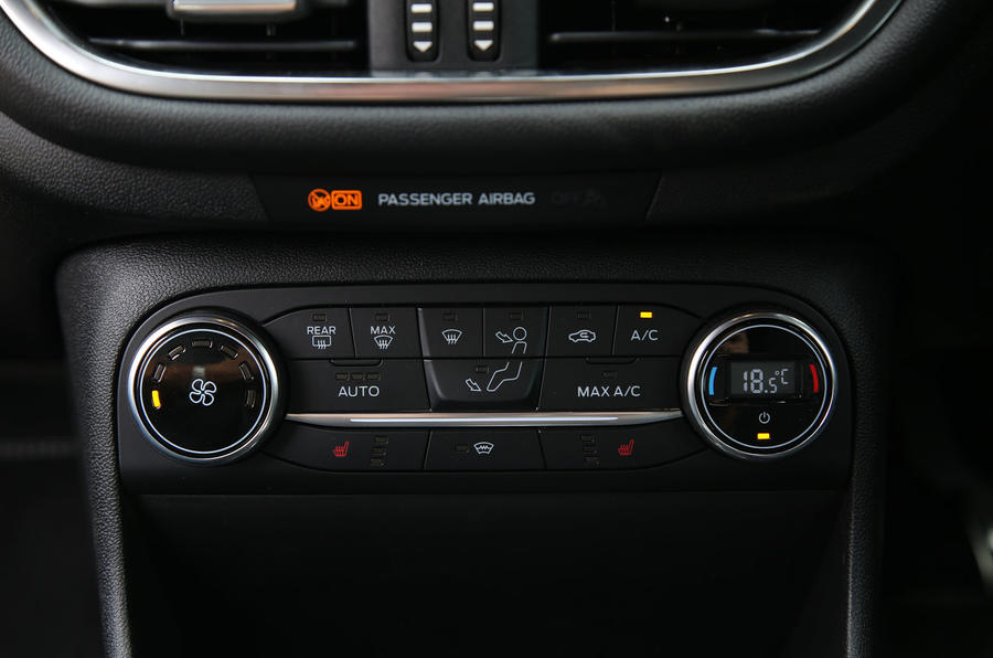 Ford Fiesta ST 2018 road test review climate controls
