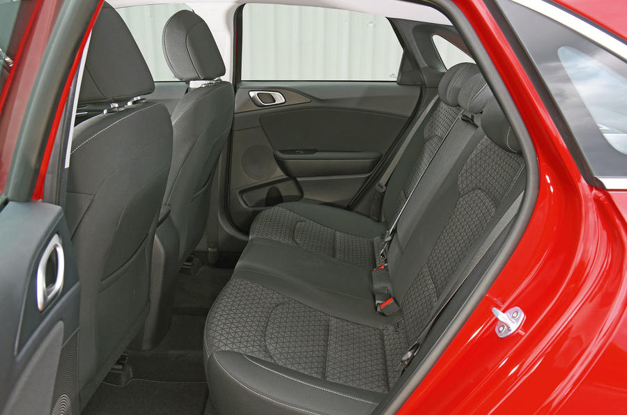 Kia Ceed 2018 road test review rear seats