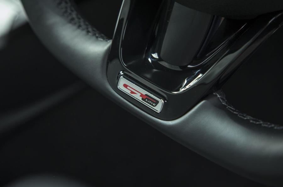 Kia Stinger GT line 2018 review wheel trim