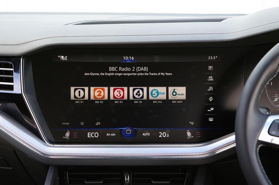 Volkswagen Touareg 2018 road test review radio