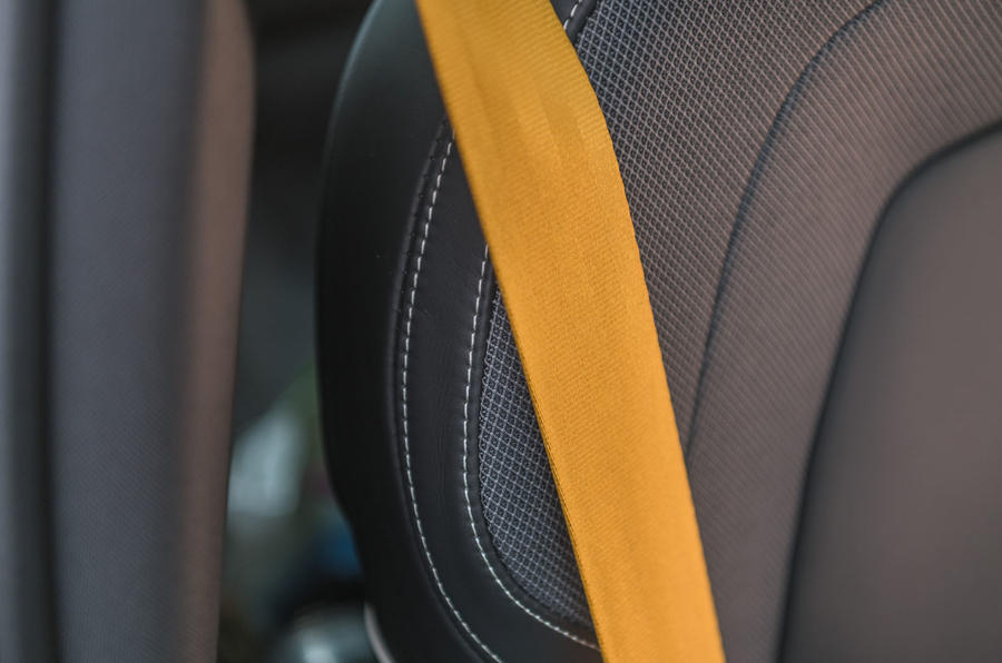 Volvo S60 Polestar Engineered 2020 road test review - seatbelts