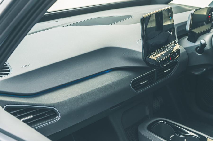 20 VW ID 3 2021 : essai routier de la garniture intérieure