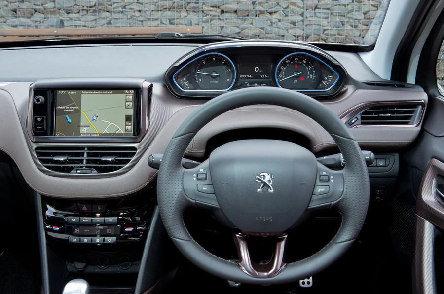 Peugeot 2008 1.6 e-HDi 92 Allure first drive