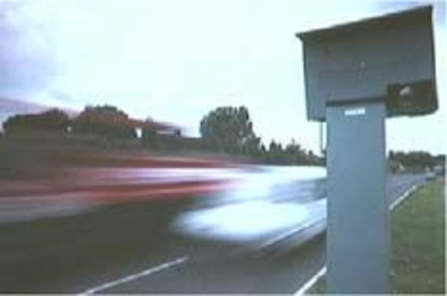 Autocar calls for speed camera sense