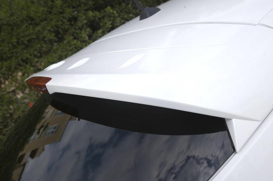 Renaultsport Megane 250 rear spoiler