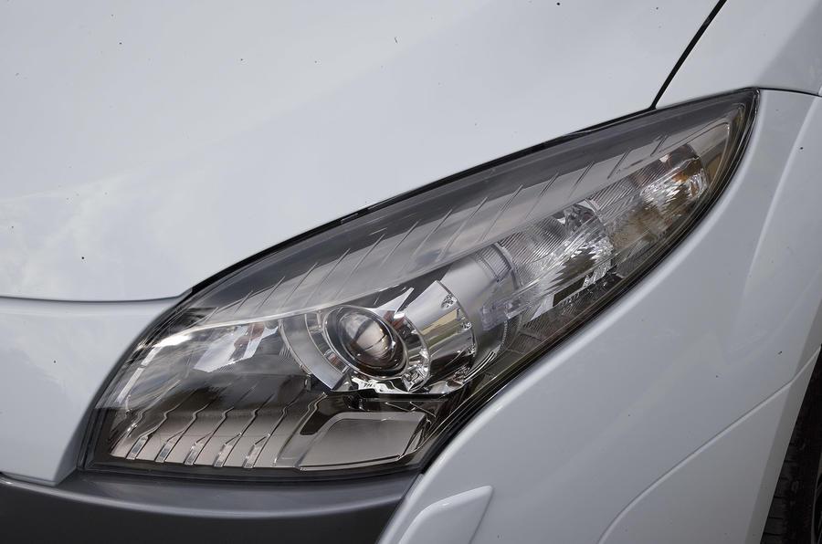 Renaultsport Megane 250 headlight
