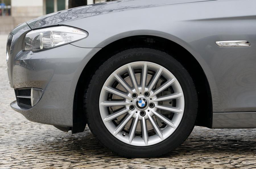 17in BMW 535i alloy wheels