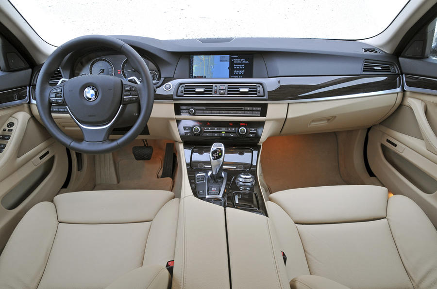 BMW 535i dashboard