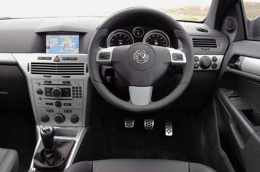 Vauxhall Astra 1.6 GTC