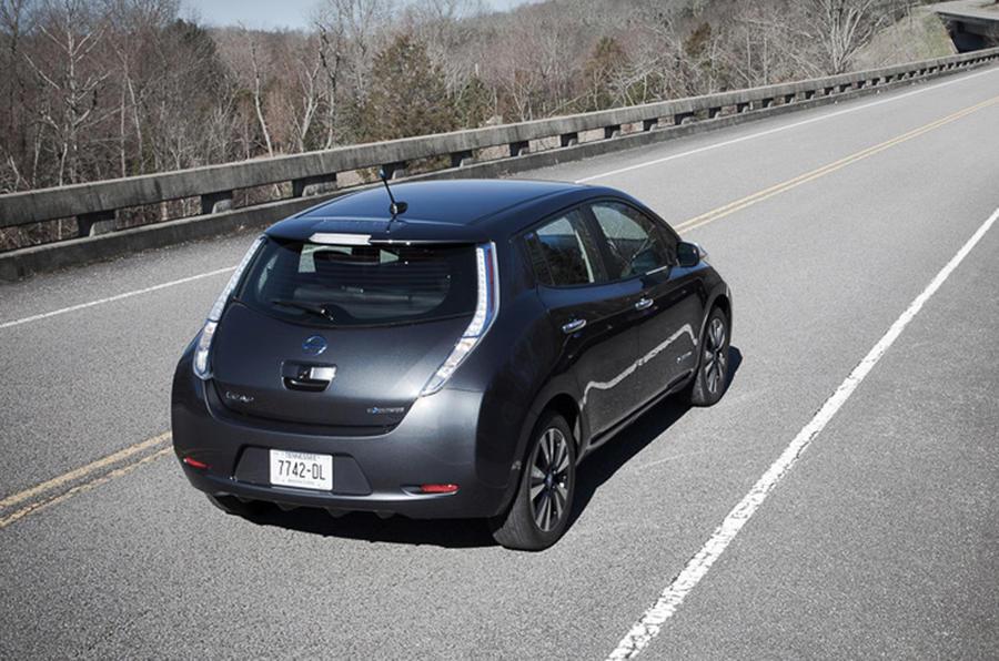 2013 nissan leaf first drive review review autocar. Black Bedroom Furniture Sets. Home Design Ideas