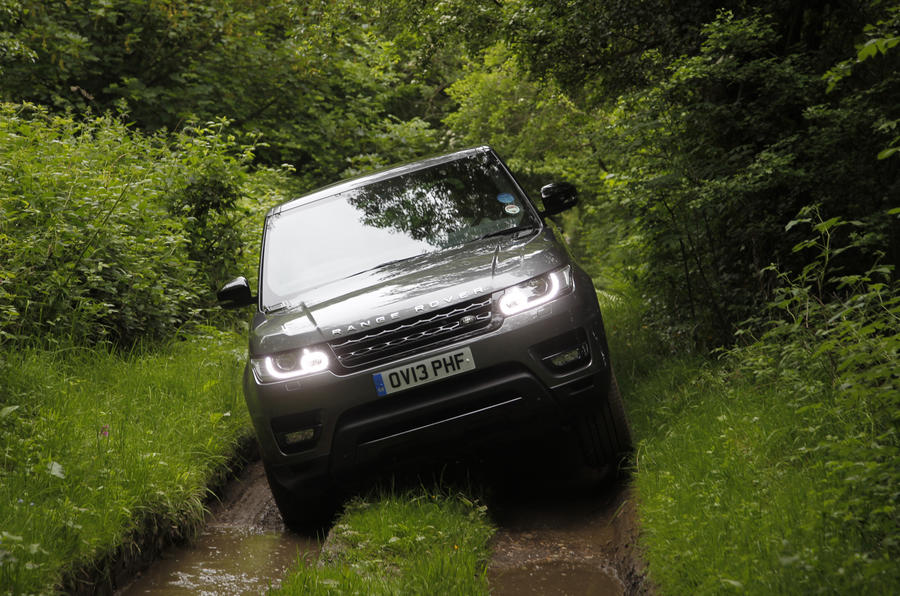 Range Rover Sport off-roading