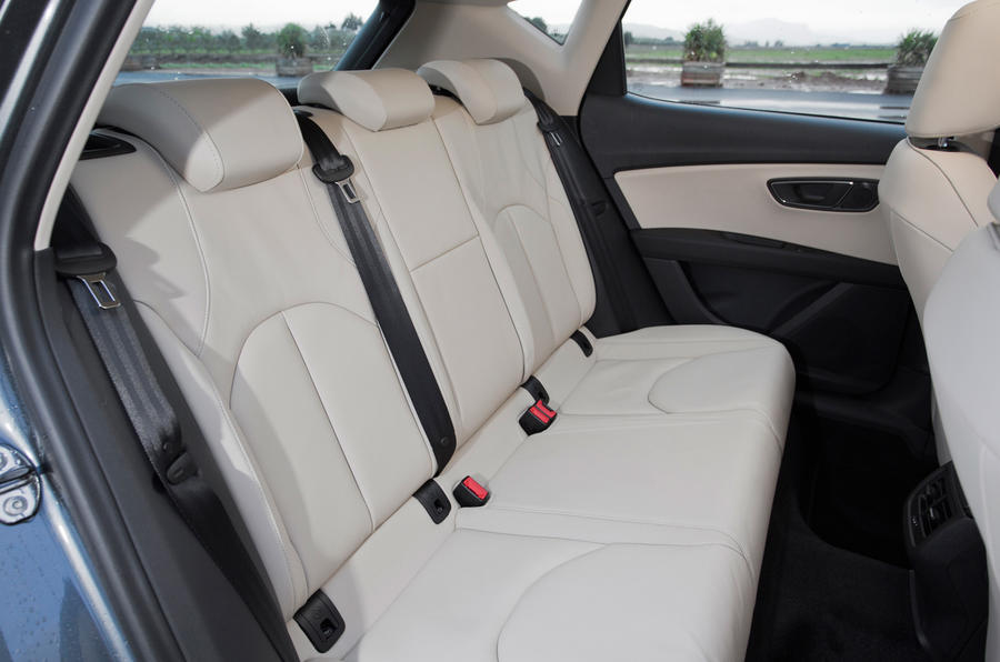 Seat Leon rear seats