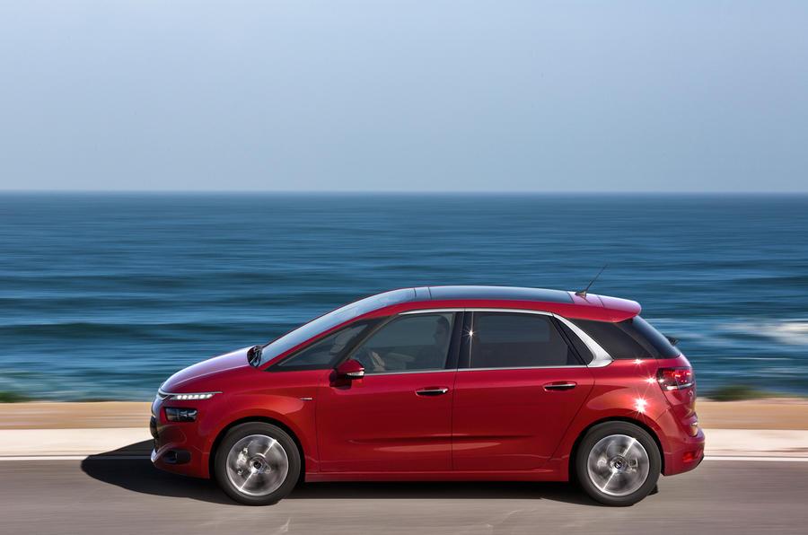 Citroën C4 Picasso side profile