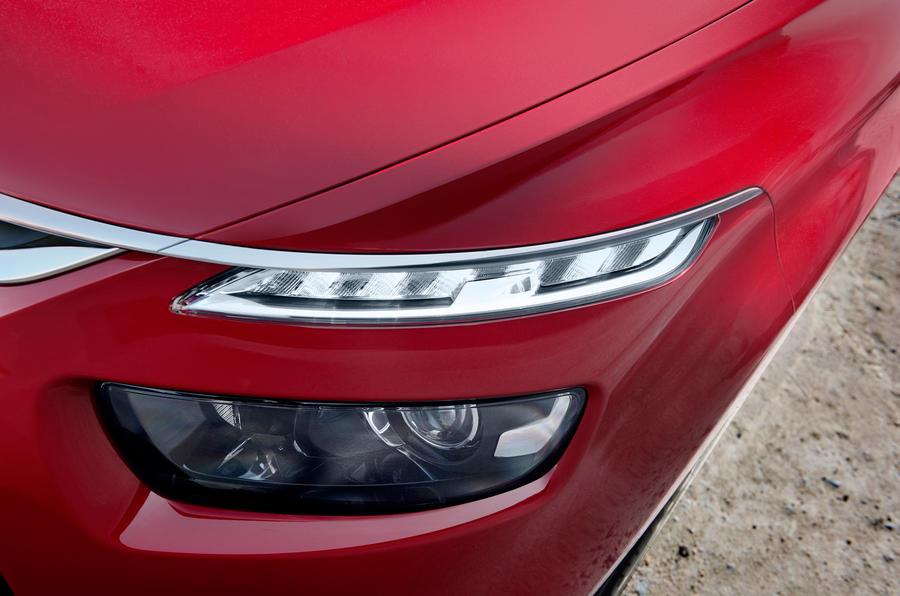 Citroën C4 Picasso LED headlights