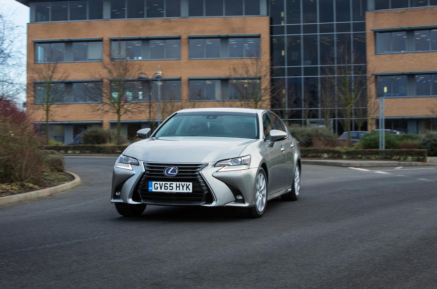 Lexus GS cornering