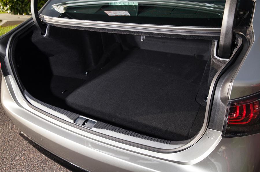 Lexus GS F boot space