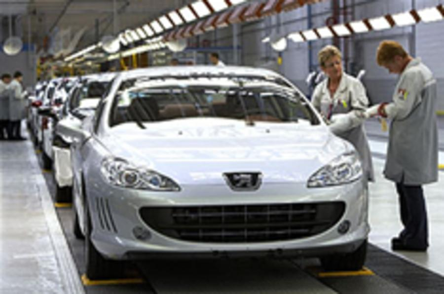 French car makers close to loan