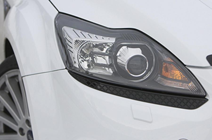 Ford Focus RS Mk2 xenon headligths