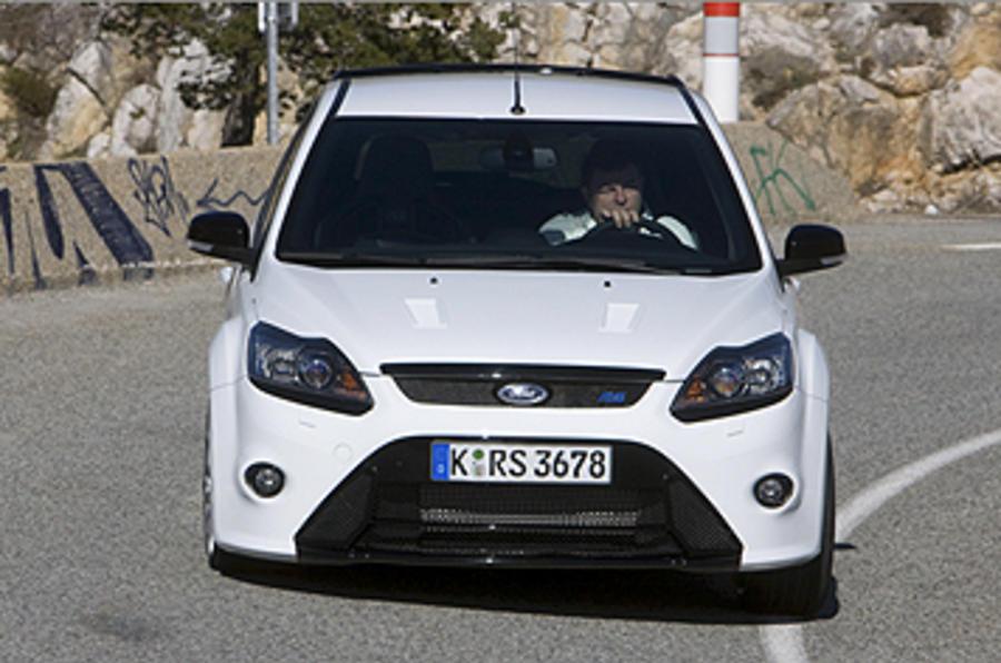 Ford Focus RS Mk2 cornering