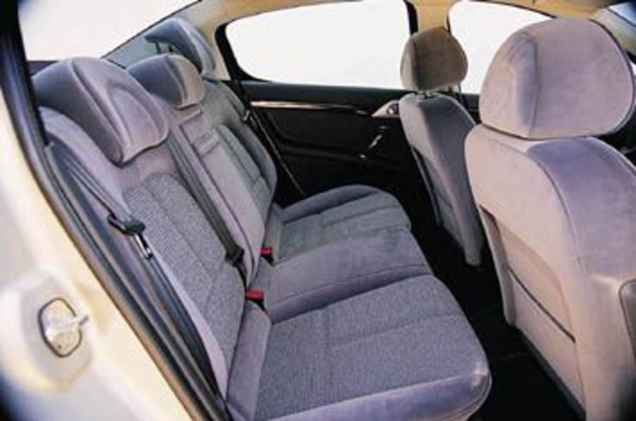 Peugeot 407 2.0 HDi