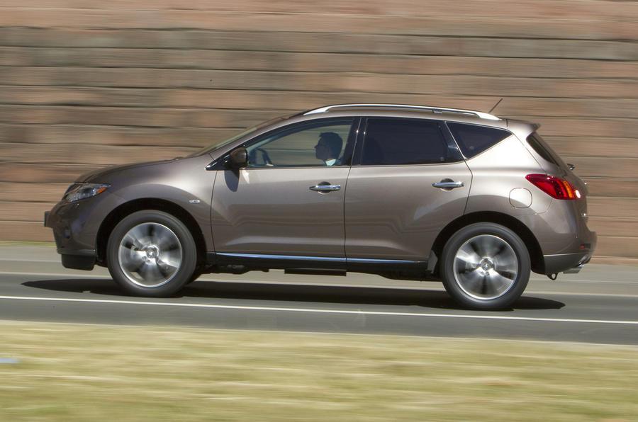 Nissan Murano side profile
