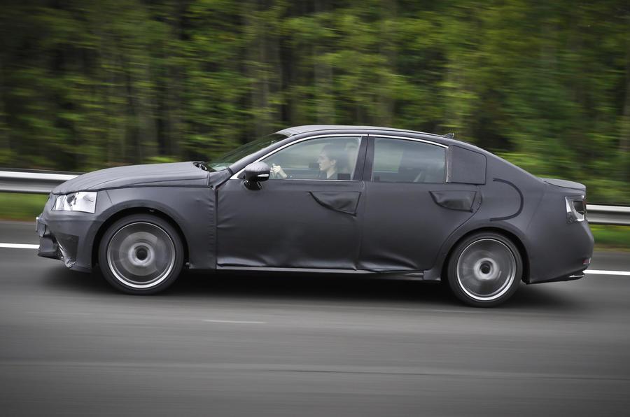 Lexus GS 250 side profile
