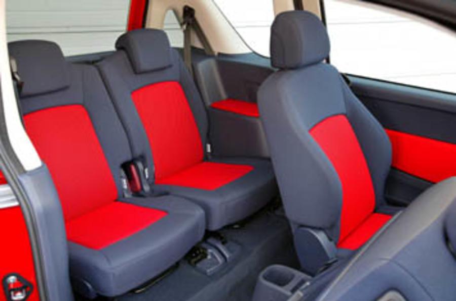 Peugeot 1007 1.4 8v