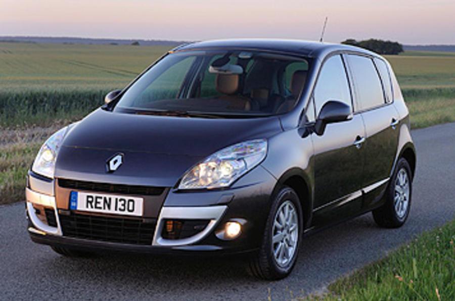 Renault Scenic front quarter
