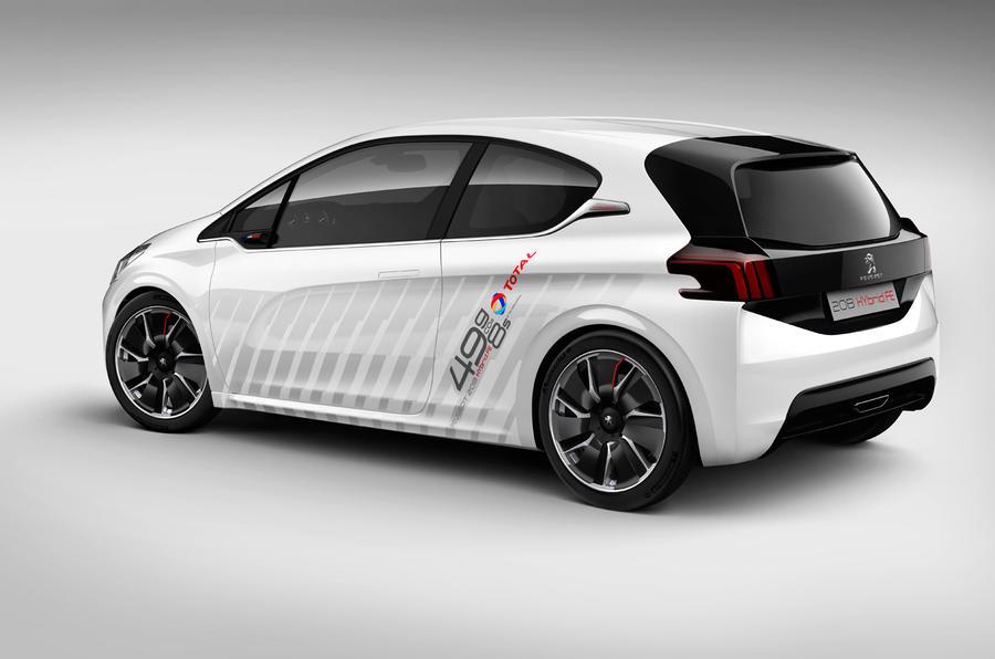 Peugeot 208 Hybrid FE revealed