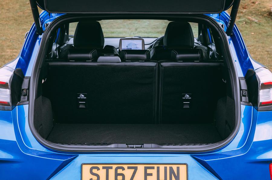 21 Ford Puma ST 2021 : essai routier du coffre.