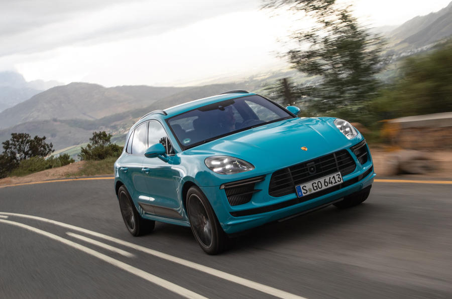 Porsche Macan Turbo 2019 road test review - cornering front