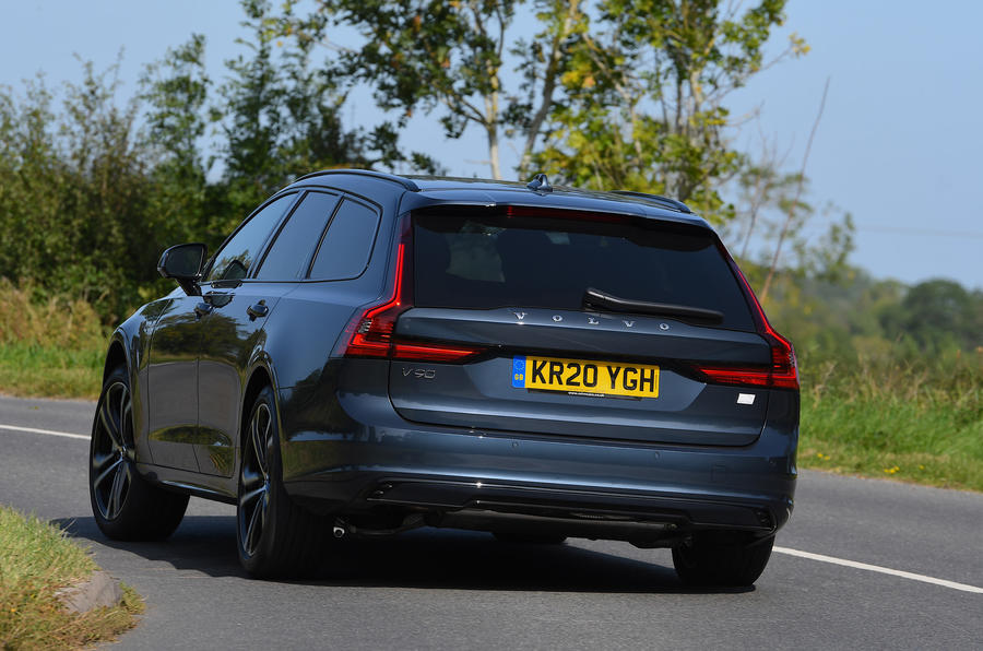 Volvo V90 T6 Recharge PHEV 2020 road test review - on the road rear